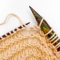 dicke und dünne Nadeln