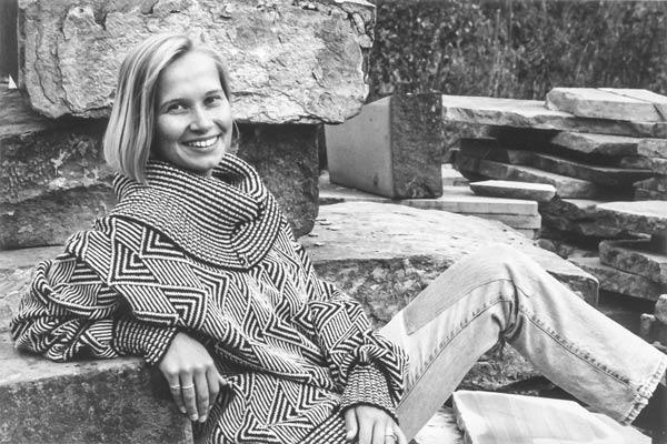 Pullover mit gezacktem Muster und großem Kragen
