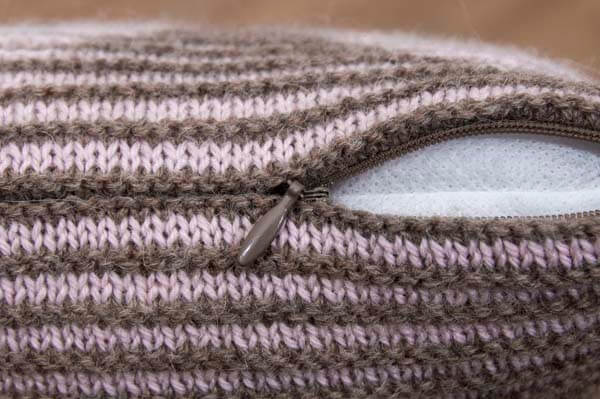 Illusionsstricken Kissenhülle mit nahtverdecktem Reißverschluss