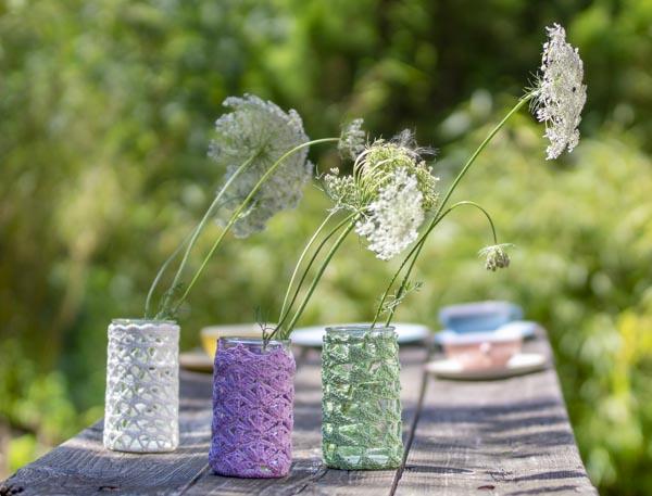 Aus Senfgläser werden Vasen